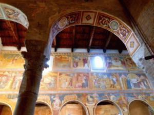 abbazia-di-pomposa-interno